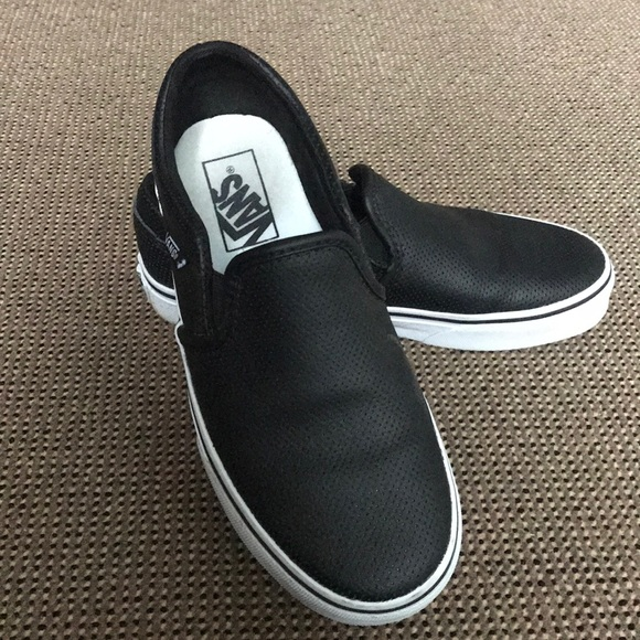 2da4dcba131 Vans Asher Perf Leather Slip On Women s Size 6.5. M 5a81a579fcdc319d84c1e2f0